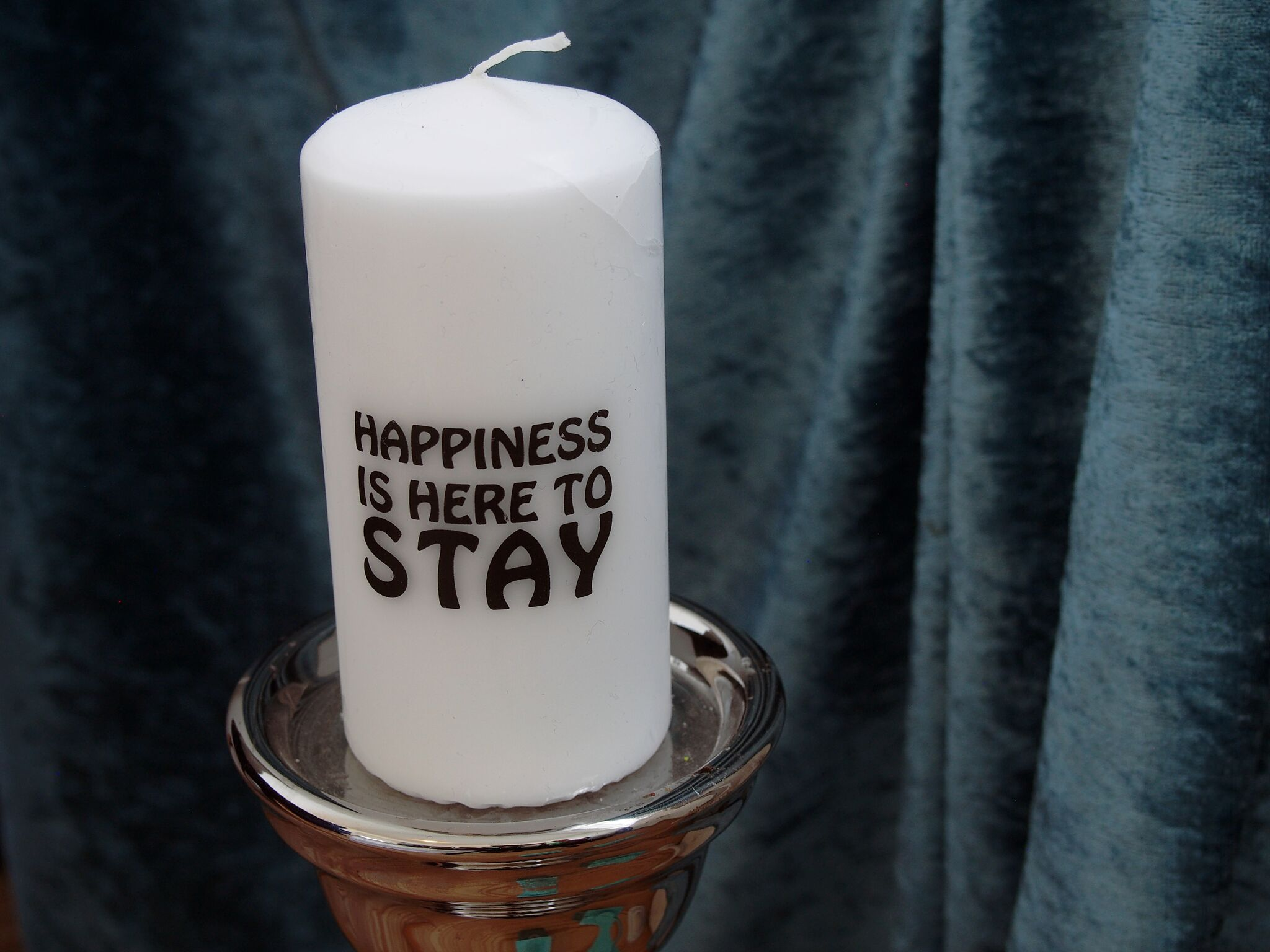 Happines is here to stay v/Tina Nurby